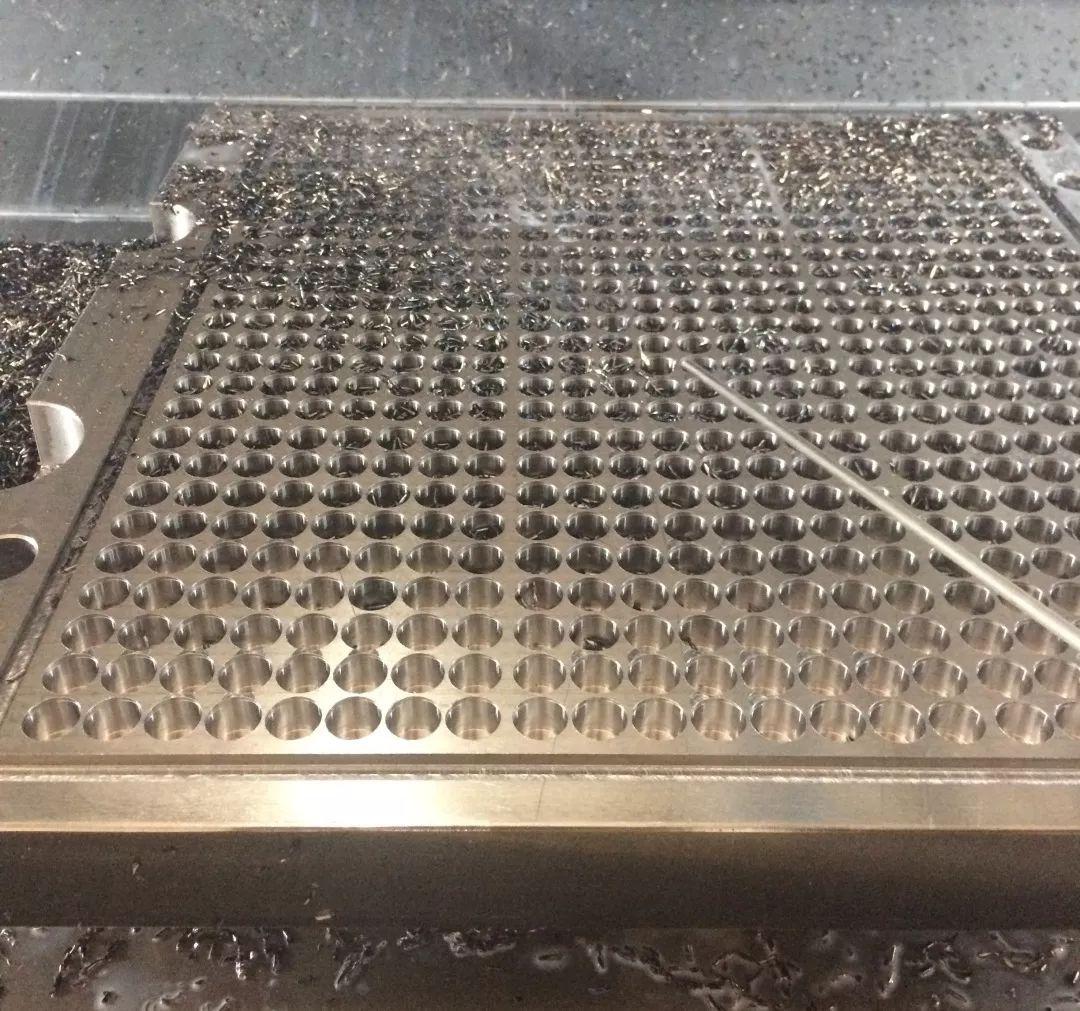 FRAISA nvds铣刀孔加工的新工艺