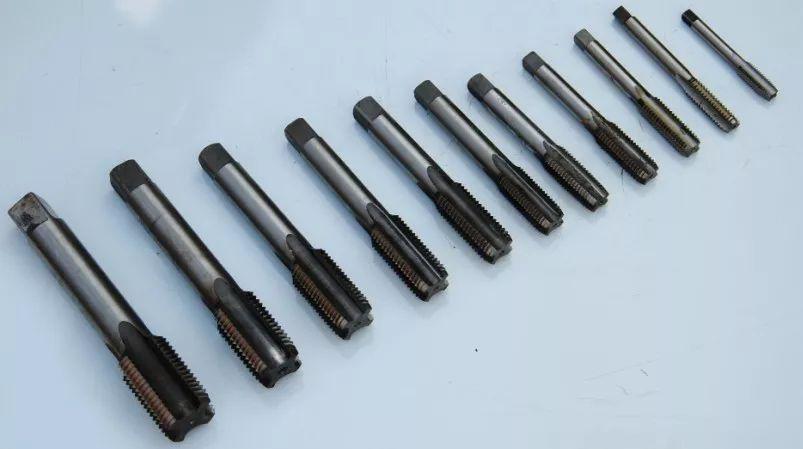 丝锥的种类及攻丝加工中常遇问题与对策