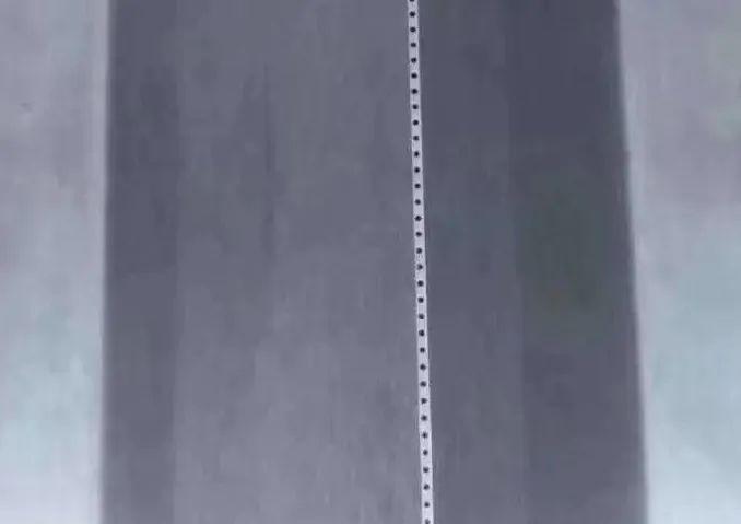 加工熔喷模头喷丝微孔的夹持解决方案