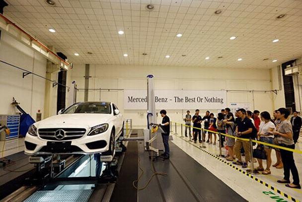 汽车制造行业如何选择三坐标测量仪?